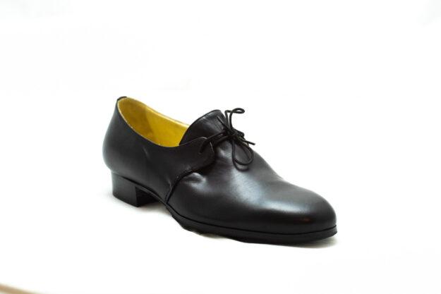 calzatura nero con lacci nicolao atelier 2