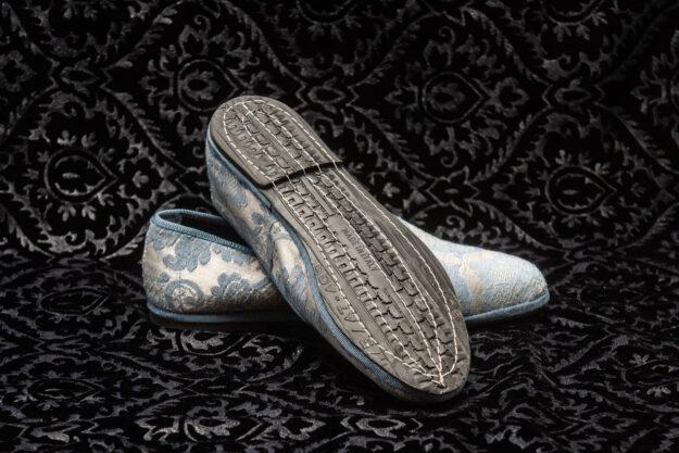 pantofola azzurro con ricami donna nicolao atelier 1